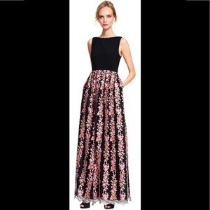 <Adrianna Papell> Formal Pink Embroidered Dress